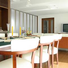生駒の家 改修工事: 一級建築士事務所エイチ・アーキテクツが手掛けたダイニングです。,