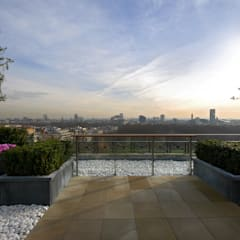 A West London Roof Garden:  Terrace by Bowles & Wyer