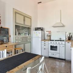 Cucina: Cucina in stile  di 02A Studio