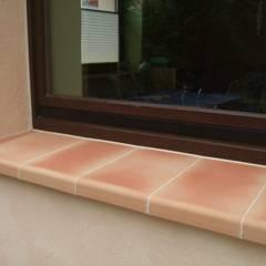 Fensterbänke aus Ton lassen sich zu jeder Fassade kombinieren:  Fenster von Rimini Baustoffe GmbH