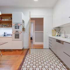 Kitchen by LAVRADIO DESIGN