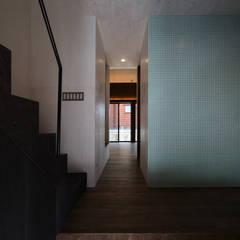 Дома в . Автор – 加門建築設計室, Модерн