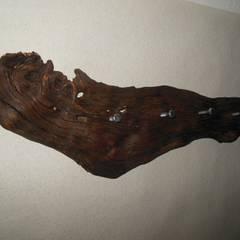 Holz/Wurzel-Garderobe!:  Flur & Diele von Holzsteinkunstobjekte