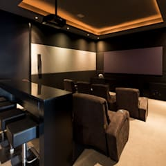 Media room by Rousseau Arquitectos