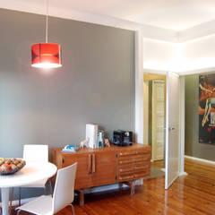 Remodelação T4 . Bairro de Alvalade, Lisboa: Salas de jantar  por BL Design Arquitectura e Interiores