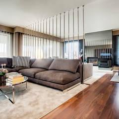 Apartamento Porto: Salas de estar  por Jorge Cassio Dantas Lda,Moderno
