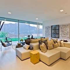 Oriental Chic: Salas de estar  por Viterbo Interior design