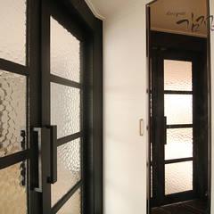 갈마 아파트 : 김정권디자이너의  드레스 룸,미니멀 도자기