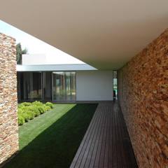 Conservatory by A.As, Arquitectos Associados, Lda