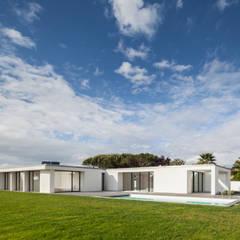 منازل تنفيذ Raulino Silva Arquitecto Unip. Lda