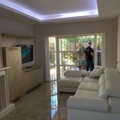 Iluminación indirectas : Casas de estilo  de elisea diseño interior