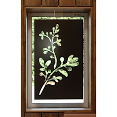 Y-SALON: 関建築設計室 / SEKI ARCHITECTURE & DESIGN ROOMが手掛けた窓です。,ラスティック