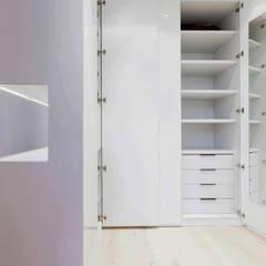 Dressing room by  Simona Garufi,