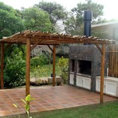 De Quinchos, Parrillas y Hogares:  Garten von Pia Janzen