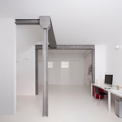 Study/office by manrique planas arquitectes