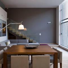 Loft2: Comedores de estilo  por Basch Arquitectos