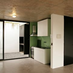 Kitchen by IR arquitectura, Modern Glass