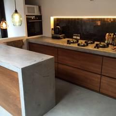 Realisaties: landelijke Keuken door Den Ouden Tegel