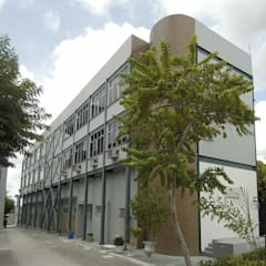 โรงพยาบาล by Aurion Arquitetura e Consultoria Ltda