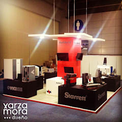 Kalibrix: Centros de exhibiciones de estilo  por Xarzamora Diseño