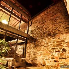 Casa do Páteo - Um retiro na serra Jardins de Inverno rústicos por Casa do Páteo Rústico