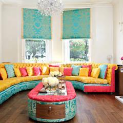 Montagu Square:  Living room by Rebecca James Studio