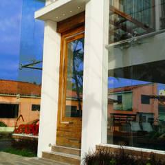 Simone Flores Arquitetos & Associadosが手掛けたオフィスビル