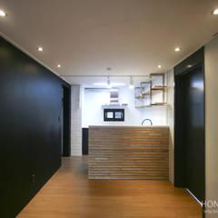 인더스트리얼 느낌의 30평 아파트 인테리어: 홍예디자인의  주방,인더스트리얼
