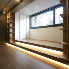 인더스트리얼 느낌의 30평 아파트 인테리어: 홍예디자인의  침실,인더스트리얼