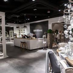 SKLEP HOUSE & more, Centrum Handlu, Sztuki i Biznesu Stary Browar w Poznaniu.: styl , w kategorii Ściany zaprojektowany przez 2kul INTERIOR DESIGN