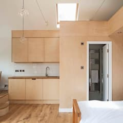Garage/shed by homify, Modern