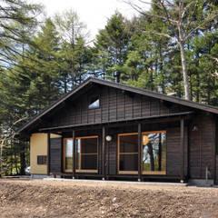 昭和モダンの木造住宅: モリモトアトリエ / morimoto atelierが手掛けた家です。,