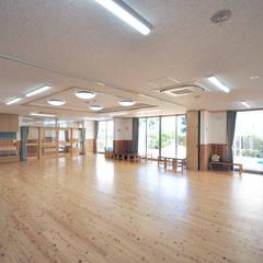 0・1歳児保育室: モリモトアトリエ / morimoto atelierが手掛けた学校です。