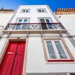 Casa Sul, um lugar onde se sente a alma portuguesa. Janelas e portas rústicas por alma portuguesa Rústico