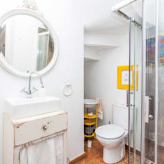 Casa Sul, um lugar onde se sente a alma portuguesa. : Casas de banho  por alma portuguesa