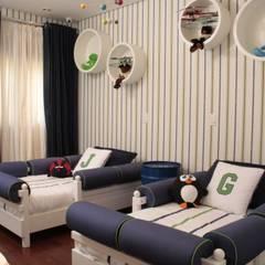 Dormitorios infantiles modernos de Fernanda Moreira - DESIGN DE INTERIORES Moderno Textil Ámbar/Dorado