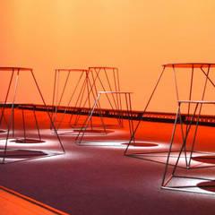 SCÉNOGRAPHIE MIDINNOV 2015: Centre d'expositions de style  par KLD Design