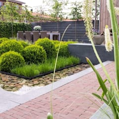 Tuin in Rhoon:  Tuin door Hoveniersbedrijf Tim Kok,
