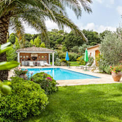 Pool by PASSAGE CITRON, Mediterranean