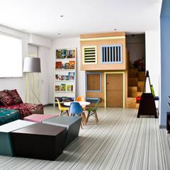 Nursery/kid's room by STUDIOROCA, Modern