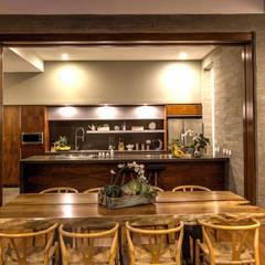 Cocina: Cocinas de estilo  por ze|arquitectura