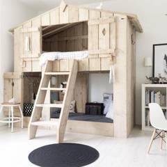Nursery/kid's room by Zomerzoen Milheeze, Country