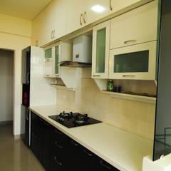 Mr Siddhart Shandilya:  Kitchen by Ambiance Design Studio,