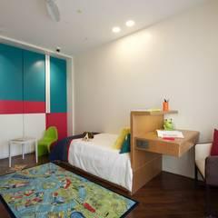 Nursery/kid's room by Atelier Design N Domain, Modern