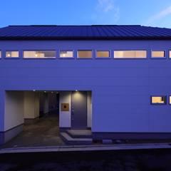 Houses by 田原泰浩建築設計事務所