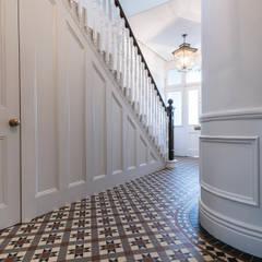 Full renovation on Trinity Road, London:  Corridor & hallway by Grand Design London Ltd, Modern