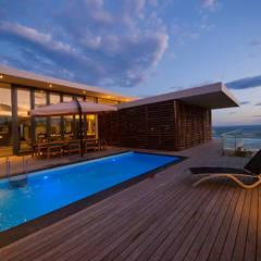 Villa Wilderness:  Zwembad door van ringen architecten,