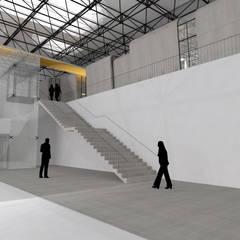 Boutique La Poste: Locaux commerciaux & Magasins de style  par Ophélie Dohy architecte d'intérieur