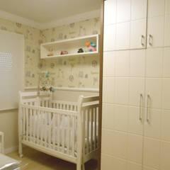Dormitório Bebê Menino Quarto infantil moderno por Angela Ognibeni Arquitetura e Interiores Moderno