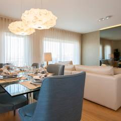 Sala Comum: Salas de jantar  por Traço Magenta - Design de Interiores